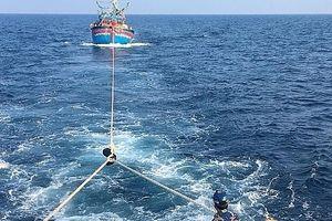 Cứu hộ thành công 17 thuyền viên gặp nạn trên biển
