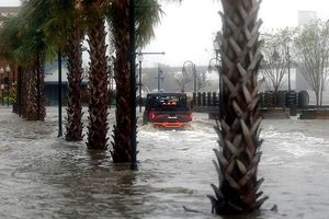 Siêu bão Florence đổ bộ Mỹ, ít nhất 5 người thiệt mạng