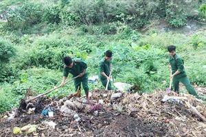 Tuổi trẻ Quảng Bình xung kích, tình nguyện, chung tay làm sạch môi trường