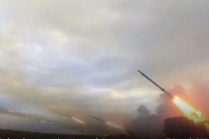 Mãn nhãn với dàn vũ khí Nga trút 'mưa' tên lửa trong cuộc tập trận lớn nhất