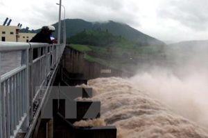 Các hồ chứa chủ động hạ thấp mực nước đón mưa, lũ