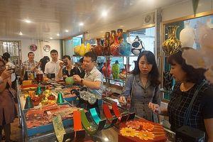 Xây dựng thương hiệu làng nghề Hà Nội: Thiếu chiến lược bài bản