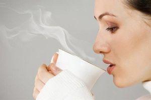 Lợi ích sức khỏe của việc uống nước nóng hàng ngày