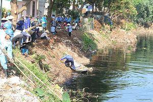 'Giải cứu' môi trường hơn 7 km sông Cầu Bây