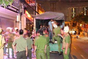 Hàng chục thanh niên nam nữ 'phê' ma túy trong quán bar