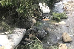 Khởi tố vụ xe bồn lao vào xe khách làm 16 người thương vong ở Lai Châu