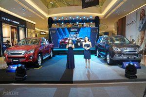 Ngắm bộ đôi SUV mu-X và bán tải D-MAX 2018 vừa ra mắt