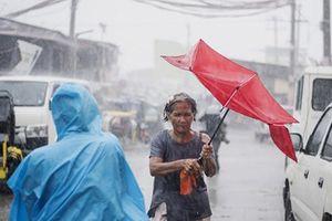 Siêu bão Mangkhut tàn phá Philippines, ít nhất 12 người chết