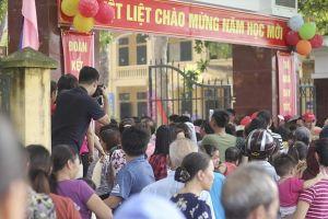 Trường Tiểu học Sơn Đồng bị 'tố' lạm thu: Phụ huynh vẫn 'ngóng' câu trả lời thỏa đáng