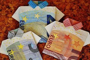 Chính Liên minh châu Âu sẽ khai tử đồng tiền chung euro?