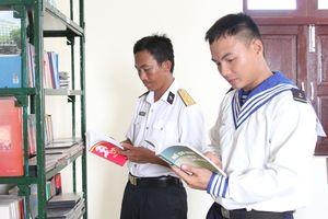 Tập huấn công tác phát hành xuất bản phẩm toàn quân