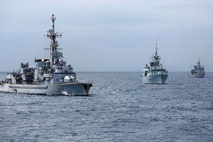 Tàu chiến NATO tiến vào Địa Trung Hải, áp sát Syria