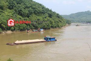 Tàu cát 'băm nát' sông Lô, Giám đốc Sở TNMT Tuyên Quang nói là 'những trường hợp cá biệt'