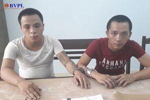 Tóm gọn hai thanh niên cướp tài sản của người đi đường