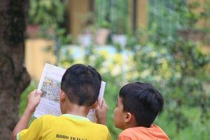 Clip: Năm học mới của những đứa trẻ nhiễm HIV