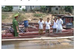 Thanh Hóa: Xử phạt hơn 100 triệu đồng về khai thác cát trái phép.