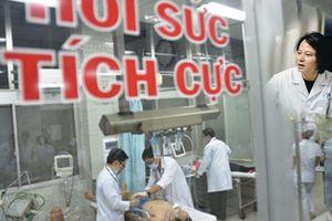 Vụ bệnh nhân tử vong ở Bệnh viện Chợ Rẫy: Có dễ dàng sang Mỹ điều trị dù có 2 triệu đô la?