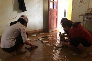 Nghệ An: Lũ quét trong đêm làm ngập hàng chục nhà dân và trường học