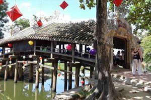 Chiêm ngưỡng cây cầu hơn 200 tuổi ở xứ Huế