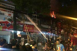 Xác định nguyên nhân cháy lớn gần hai bệnh viện