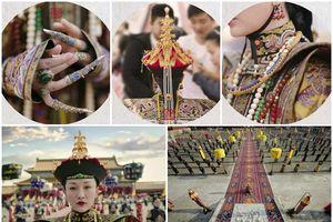 Nhìn phục trang cầu kỳ đến từng chi tiết của Châu Tấn trong đại lễ sắc phong mà thương cả hậu cung Diên Hi Công Lược