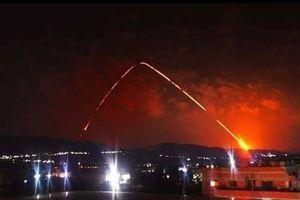 Phòng không Syria đáp trả, phòng thủ liên hoàn