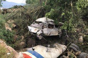Tai nạn kinh hoàng khiến 13 người chết ở Lai Châu: 'Cả 2 chiếc xe bay lên không trung'
