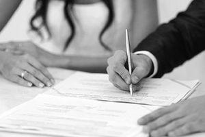 Tạm trú tại tỉnh khác, có nhất thiết phải về quê đăng ký kết hôn?