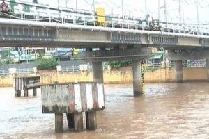 Tạm dừng lưu thông trên luồng hàng hải Định An - sông Hậu
