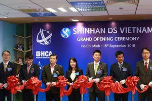 Khai trương Shinhan DS tại Việt Nam
