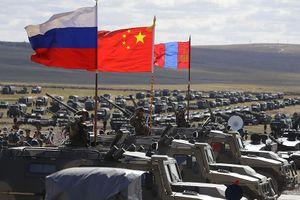 Cùng tung tín hiệu tới Mỹ: Nga – Trung tiềm ẩn con đường riêng
