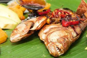 Piranha nướng - món ăn đáng sợ của thổ dân Amazon