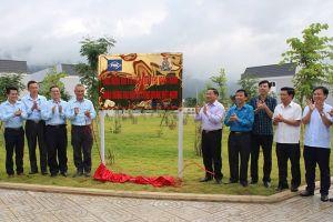LĐLĐ Hà Tĩnh gắn biển công trình chào mừng Đại hội XII Công đoàn Việt Nam