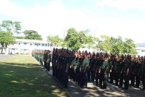 Trường Sĩ quan Thông tin khai giảng và đón nhận Huân chương do Nhà nước CHDCND Lào trao tặng