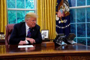 Trung Quốc áp thuế trả đũa, Tổng thống Trump vẫn cứng rắn
