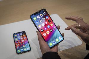Những tính năng iPhone Xs Max 'đi sau' Galaxy Note 9