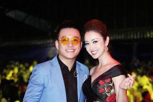 Hoa hậu xinh đẹp Jennifer Phạm hội ngộ ca sĩ Tuấn Hưng