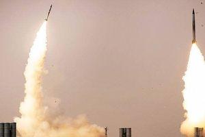 Vì sao phòng không Syria vô tình bắn hạ máy bay Nga?