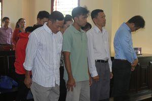 Hai bị cáo nguyên cán bộ ngân hàng tiếp tục lãnh án tù