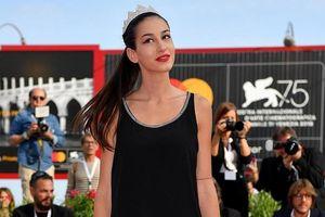 Người mẫu một chân trở thành Á hậu 2 tại đêm chung kết Hoa hậu Ý