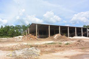 Quảng Nam: Doanh nghiệp sản xuất đá lén xả thải ra môi trường