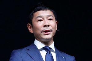 Tỷ phú Nhật Bản Yusaku Maezawa sẽ là vị khách đầu tiên bay lên mặt trăng