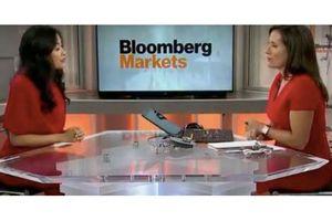 Bloomberg nói về khát vọng vượt lên người khổng lồ của Trần Uyên Phương