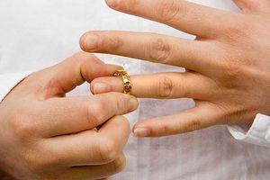 Mất giấy đăng ký kết hôn có được ly hôn?