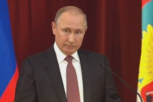 TT Putin: Đã đến lúc bắt đầu phát triển vũ khí tương lai