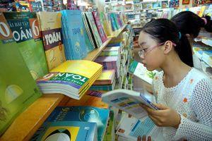 Đề nghị thanh tra việc độc quyền phát hành sách giáo khoa
