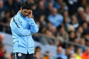 'Người nhà' Man City nói gì khi thua sốc Lyon?
