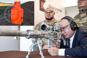 Tổng thống Nga Putin trổ tài thiện xạ với súng bắn tỉa SVCh-308