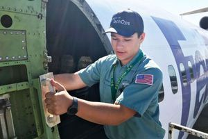 Mỹ thiếu kỹ sư hàng không trầm trọng