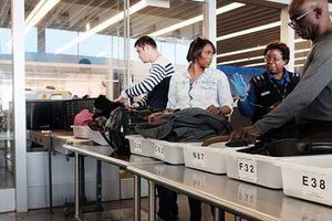 Tiết lộ 5 nơi bẩn nhất ở sân bay mà ai cũng từng sờ tay vào